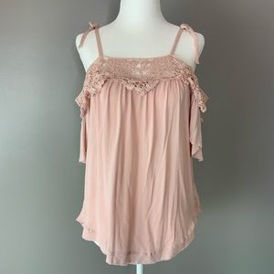 Knox Rose pale pink top